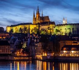 Praga - Grandioso City Tour de Carro