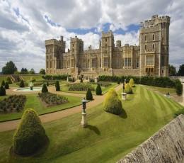 Londres - City tour - Castelo de Windsor e Stonehenge de 5 a 7 Pessoas