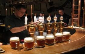 Praga - Passeio Noturno de Cerveja Checa